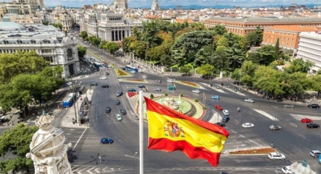 تقرير: عدد المغاربة المقيمين باسبانيا يقترب من المليون