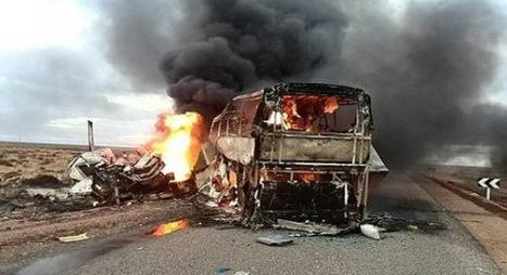 مصرع 10 أشخاص حرقا وإصابة 22 آخرين جراء حادثة سير قرب أكادير