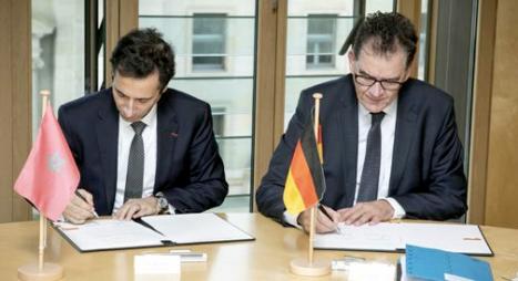 """المغرب وألمانيا يوقعان مذكرة لإقامة """"شراكة من أجل الإصلاحات"""""""