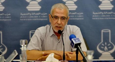 """العمراني يوضح حقيقة """"قصف البيجيدي للعثماني بخطاب المعارضة"""""""