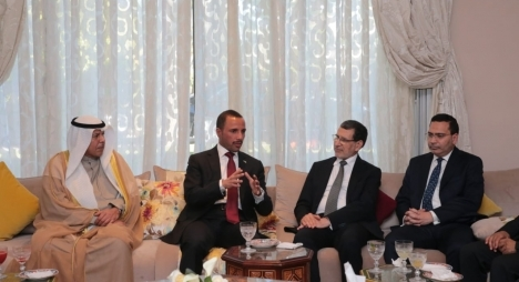 رئيس الحكومة يتباحث مع رئيس مجلس الأمة الكويتي
