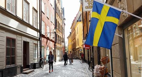 السويد تخفف قيود دخول مواطني 14 دولة من بينها المغرب