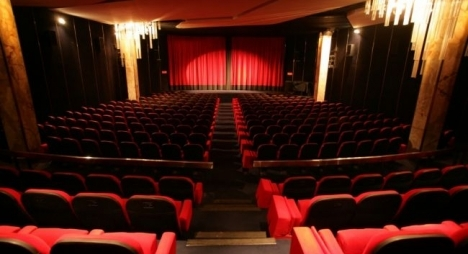 مهنيو السينما والخلفي يتفقان على آليات قانونية لحل مشاكل القطاع
