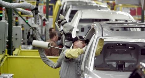 """مكتب """"دولوات إفريقيا"""": المغرب أضحى رائدا في صناعة السيارات بإفريقيا"""