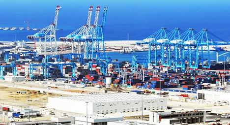 ميناء طنجة المتوسط يرفع من نسبة معالجته لحاويات السلع بــ 20 بالمائة خلال هذا العام