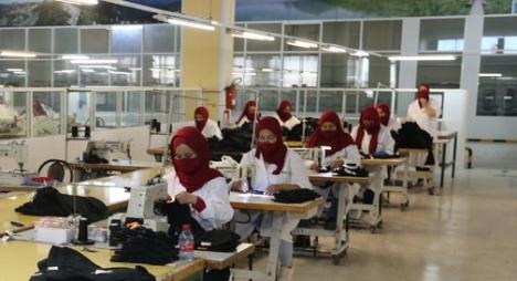 """قطاع النسيج.. """"كورونا"""" تفرض توجيها استراتيجيا جديدا للصناعة المغربية على المدى الطويل"""