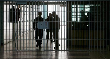 """توضيحات رسمية بخصوص """"إخضاع المحامين للتفتيش"""" خلال زيارة المؤسسات السجنية"""