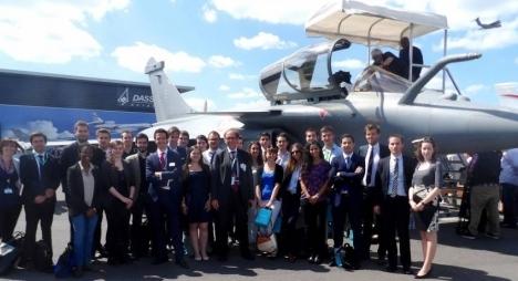 خمسة طلبة يمثلون المغرب في نهائيات مسابقةدولية حول صناعة الطيران