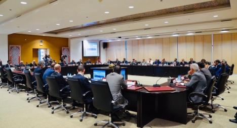 الحكومة تُطلع النقابات على مقتضيات مشروع قانون مالية 2020
