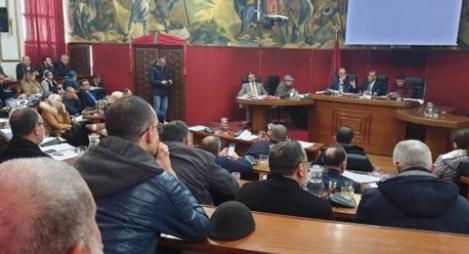 جماعة تطوان تُصادق على تجديد اتفاقية إطار مع مؤسسة أرشيف المغرب