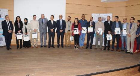 تتويج الأساتذة الفائزين في المبارتين الوطنيتين حول التطبيقات التربوية الرقمية