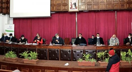 عماري يجتمع برؤساء الفرق السياسية بخصوص التطورات الناتجة عن التساقطات المطرية الأخيرة