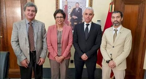 بن جلول يرافع من أجل إحداث نواة جامعية بإقليم بنسليمان خلال لقاء مع وزير الصحة