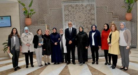يتيم يحتفي بالمرأة المغربية ويبشرها بمستقبل واعد