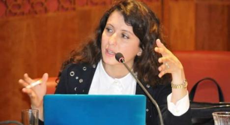 فوزي زيزي تدعو لمحاربة الإدمان وإيلاء العناية اللازمة للصحة النفسية