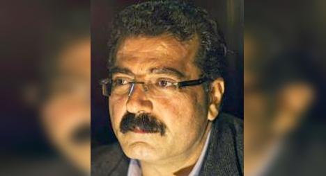 """سمير الزبن: """"السوشيال ميديا"""".. حياتنا الافتراضية"""