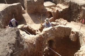 وزارة الثقافة والاتصال تستكمل أعمال الحفريات...