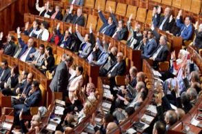 المصادقة بالإجماع على مشروع القانون المتعلق...