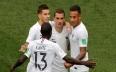 فرنسا أول المتأهلين إلى دور النصف نهائي من...