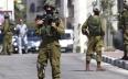 فلسطينيون يصيبون جنديا إسرائيليا بجروح خطيرة في...